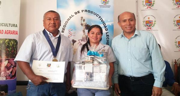 AGROVET MARKET PRESENT DURING AWARD CEREMONY TO THE BEST DAIRY STABLES IN TRUJILLO