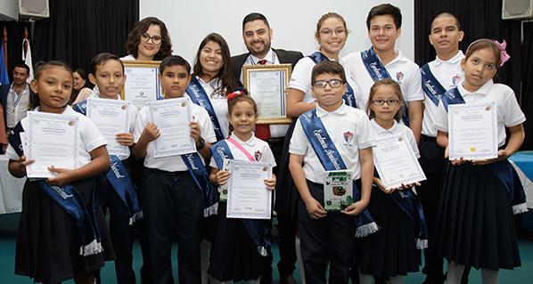 Programa de cultura galardona a Agrovet Market como Empresa de la Excelencia en Nicaragua