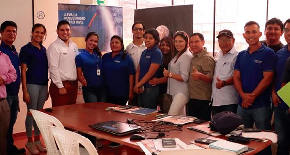 Mesa Redonda con Distribuidores Quintana