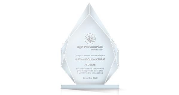 Agrovet Market otorga reconocimiento a ASDELAB por obtención  de acreditación internacional